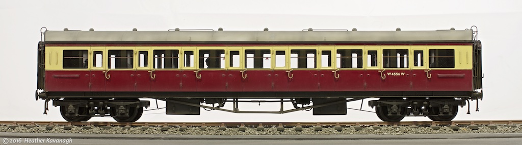 JLTRT 7mm scale kit of a Collett 57ft Bow-ended C54 All Third coach.